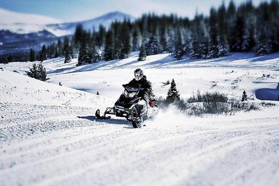 Experiencia en moto de nieve