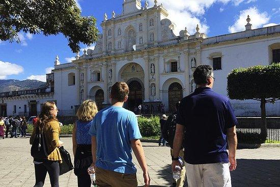 Colonial Antigua Guatemala vandretur...
