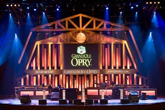 Grand Ole Opry Backstage Tour with Opryland Resort Delta River...