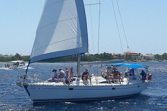 SoloBon's weekly Sail & Snorkel Safari