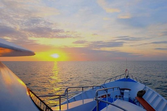 Club Mermaid Luxury Day Cruise to Koh...