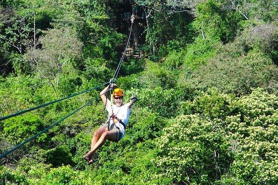 Honduras Couple Zip Lining