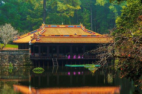 Hue sightseeing Tombs and Pagoda