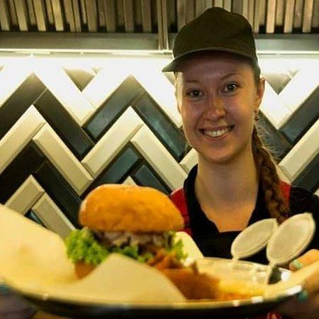 БulkаМясо: Приглашаем в гости за самыми сочными и вкусными бургерами!