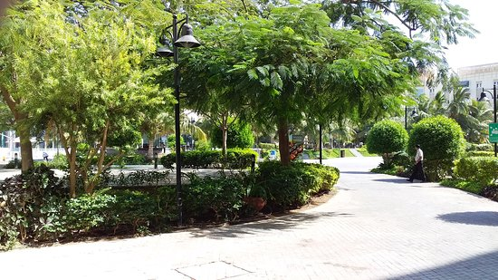 Beautiful Hotel and Gardens,excellent services, lovely personnel, from reception to the Swimmimg Pool