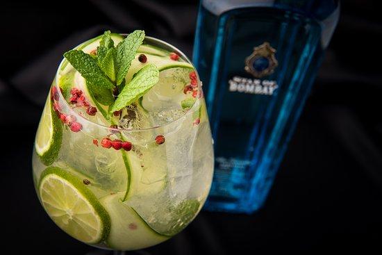 LOFT: Bombay Sapphire Gin & Tonic