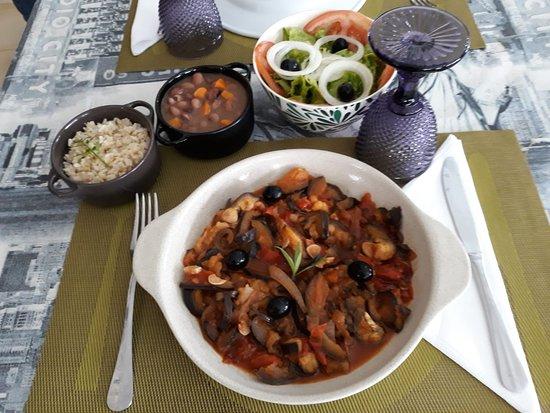 Aubergine stir-fry
