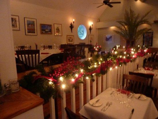 Alexander's Restaurant & Wine Bar
