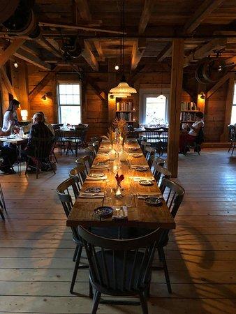 Freedom, Мэн: Restaurant Interior
