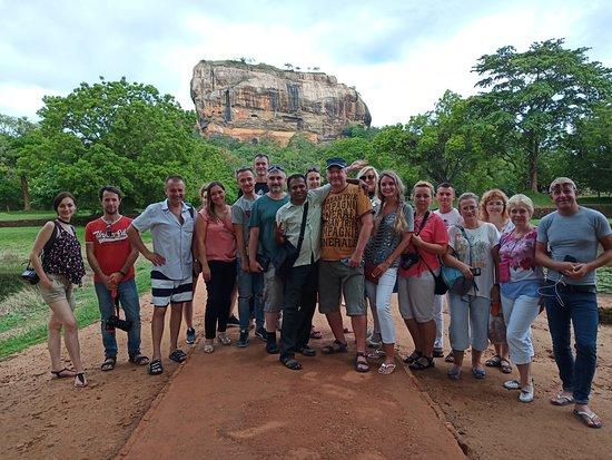 Aruna Lanka Tours