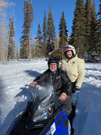 Snowmobiling and Sleigh ride w/dinner