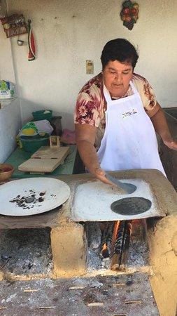 La Noria, Mexico: POTTERY 🆕 🆕 🆕 🆕 🆕 🆕 🆕 🆕 🆕 🆕 🆕 🆕 🆕 🆕 🆕  Molcajete and tortilla tour ®️🔝🔝  Make your molcajete and tortilla with your own hands 👐🏼  Follow us: Tour Guide Mazatlan 👍🏻 Facebook: Maciel Tour Guide  Instagram: macieltourguidemazatlan TripAdvisor: David M @davidmD5038HS  👉🏼www.tourguidemazatlan.com  📲💻☎️contact us and make your holiday unforgettable🥇