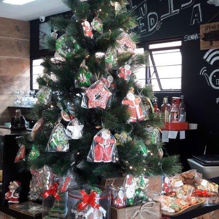 Delícias natalinas alemãs!!! Santo Bistrô e Café sempre com muito capricho e carinho para com os clientes!!! Parabéns à equipe do Santo!