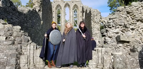 Game of Thrones Tours: Winterfell Trek from Dublin: Inch Abbey