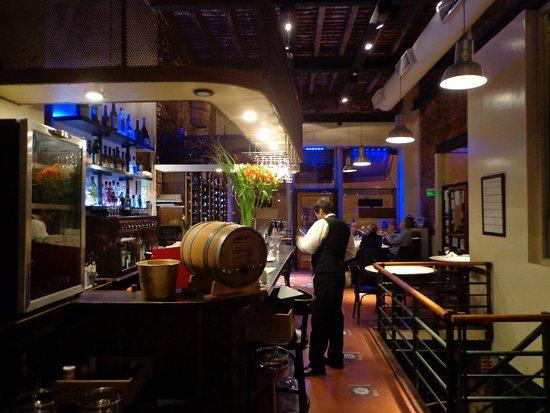 La Cava del Querandi: Restaurante bonito y acogedor