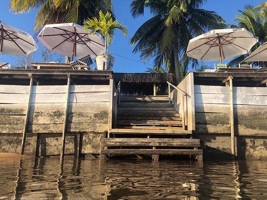 Bar da Rô: Escada deck / rio