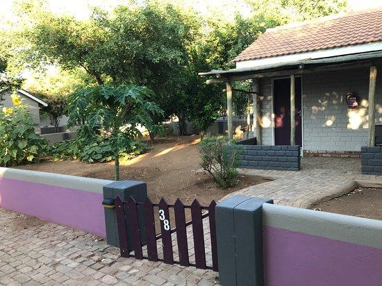 Damara Mopane Lodge: little house with garden