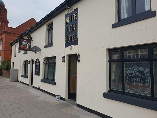 Oldest pub in Westhoughton gets a facelft