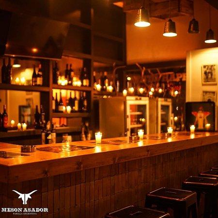 Installez vous au bar et profitez de votre afterwork ...