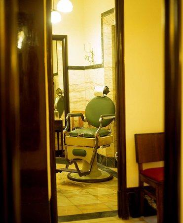 Old Barber s Shop