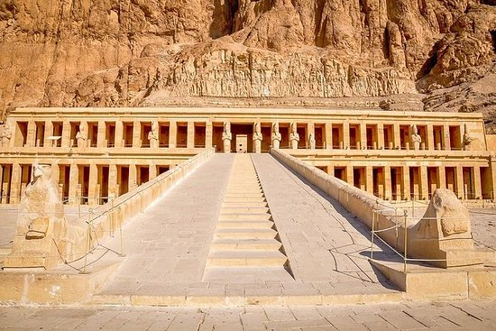Private Day Tour to Luxor by Car from...