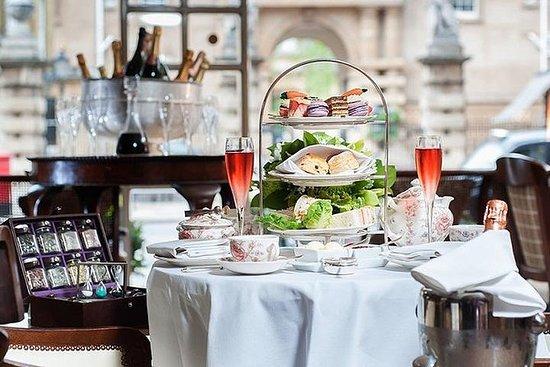 Pause thé l'après-midi au Rubens du...