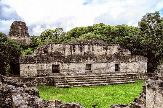 Dagstur til Tikal fra Flores