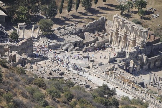 Recorrido de Éfeso con la Casa de la...