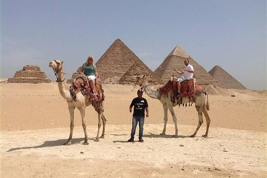 Full DAY TOUR TO GIZA PYRAMIDS WITH...