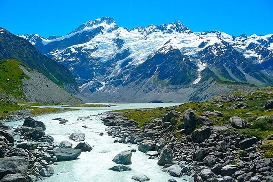 Mount Cook Private Day Tour via Lake...