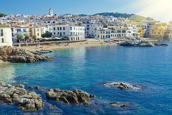 Medieval Costa Brava day-trip from Girona