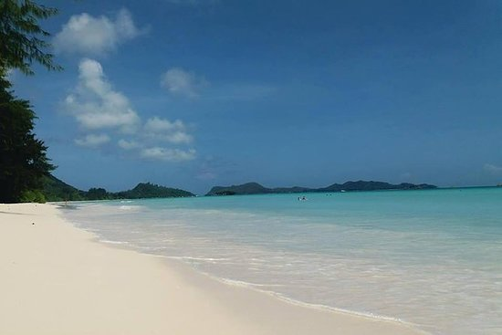 La Digue Full day Tour