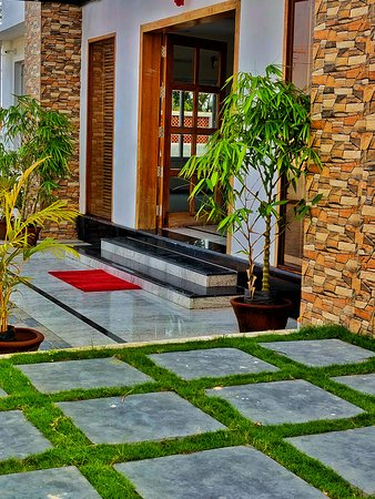 Cuddalore District, อินเดีย: Front Entrance