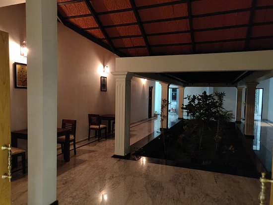 Cuddalore District, อินเดีย: Night Ambiance