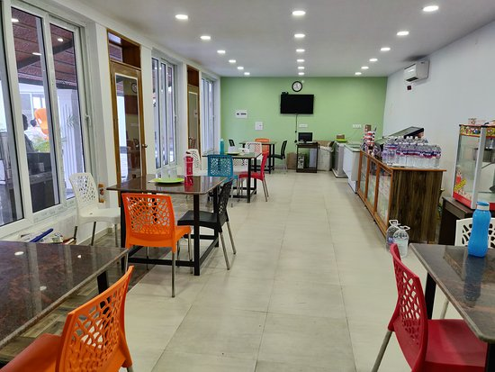 Cuddalore District, อินเดีย: Chat and Restaurant