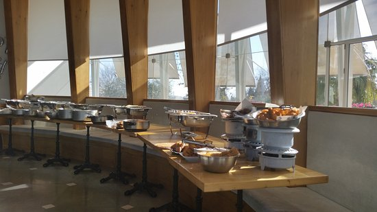 Meuchas - Jerusalem Cuisine: Need food for Shabbat? Visit our famed Take Out Buffet!! Every Friday and before Jewish holidays. From 9AM Till 1 hour before candle lighting.