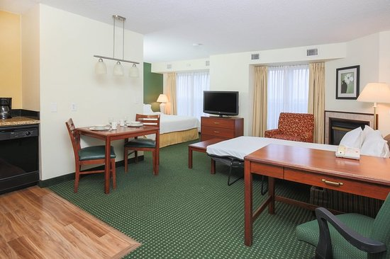 Deptford, NJ: Suite