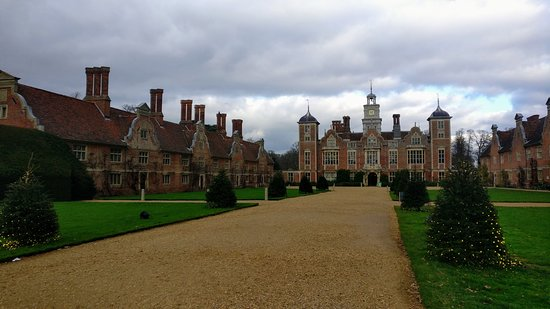 The drive to Blickling Hall