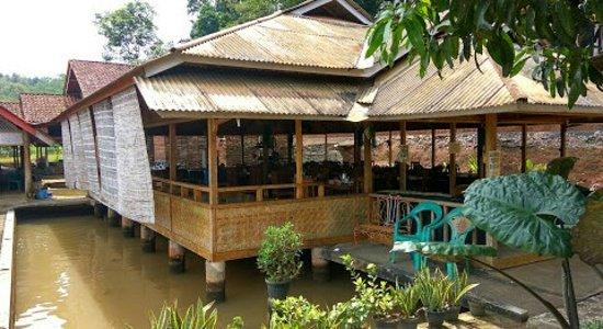 Sundanese Wooden Resto