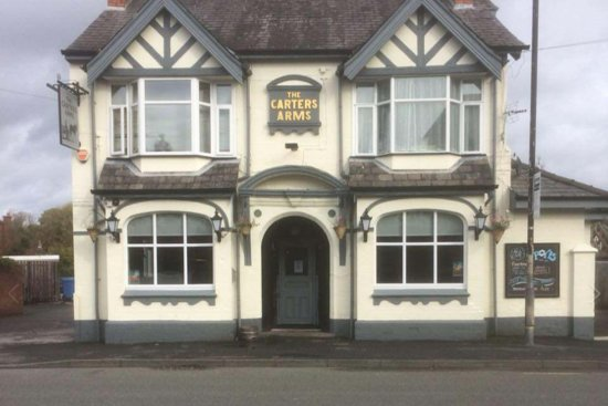 Sale, UK: The Carters Arms is a Great community pub with fantastic drink offers with a good size function room.