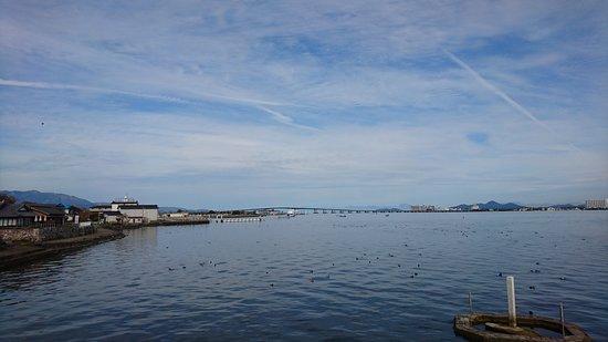 Lake Biwa Bridge: 琵琶湖大撟遠觀