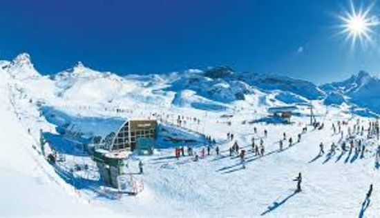 Ischgl, Österreich: AlpenTaxi are a great taxi firm we have used them for over 8 years, reliable, polite and very professional.