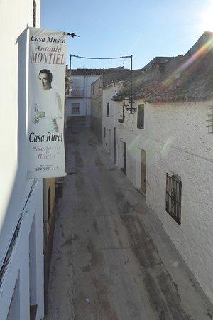 Begijar, Spain: Gatan utanför