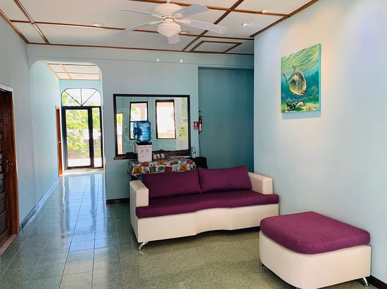Sarteneja, เบลีซ: Lobby Area.Enjoy the view to the water....