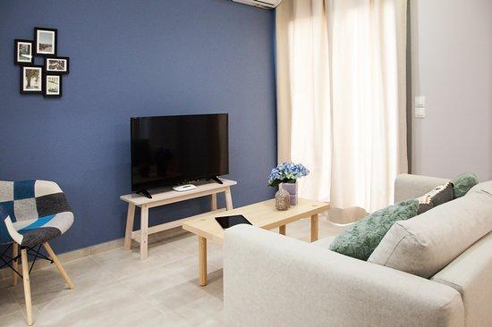 Chic Apartment https://my.matterport.com/show/?m=Dea9vstQEos