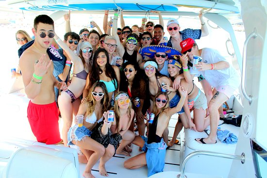 Los Cabos, Mexico: Booze cruise!