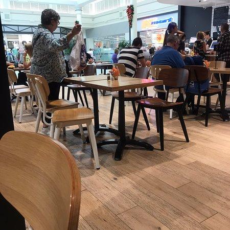 Broadmeadows, Австралия: Caffe Cherry Beans