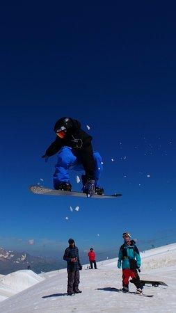 Elias Almonacid Rider SNOWEVO