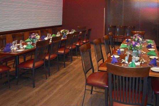 Clarion Hotel Philadelphia International Airport: On-site restaurant