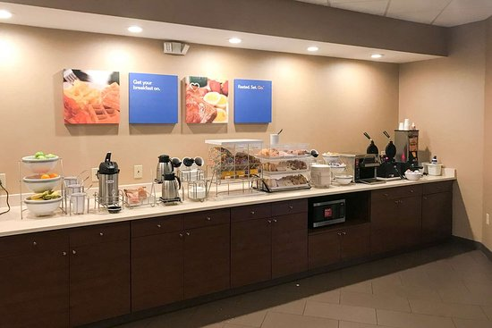 Cohoes, Estado de Nueva York: Breakfast area